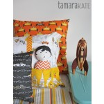 tamara kate les monsieurs pillows