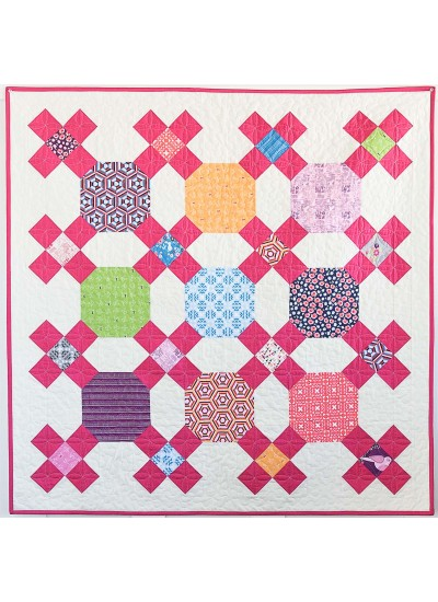Small Moments Quilt by Sandra Clemons / 72x72""
