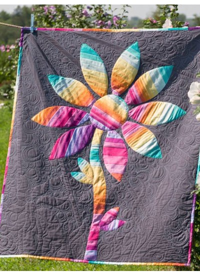 Strata Flower Quilt by Rob Appell